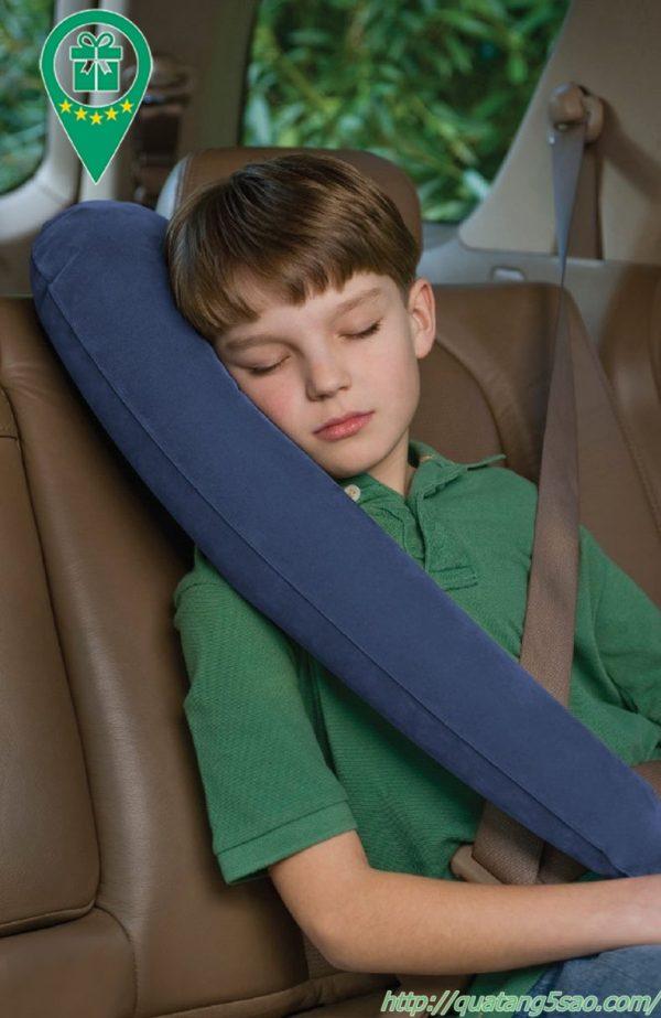 Gối hơi du lịch mẫu gối ôm hơi khi đi xe ô tô