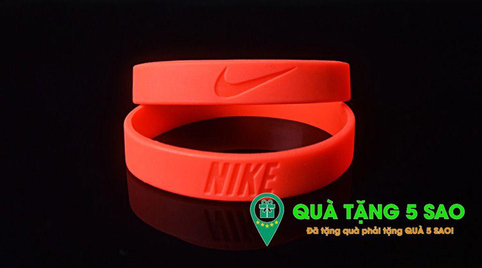 Vòng cao su Nike màu đỏ