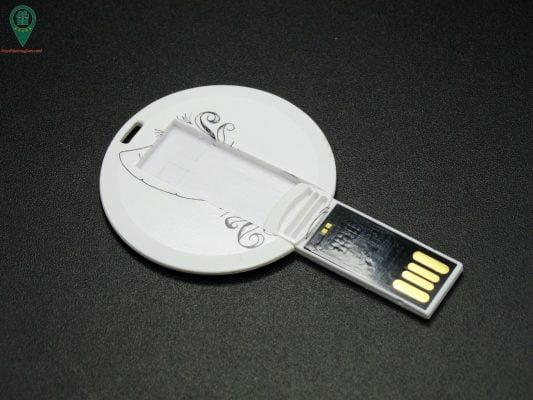 USB qua tang USB gia re Mau 02 02