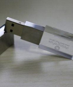 USB qua tang USB gia re Mau 07 02