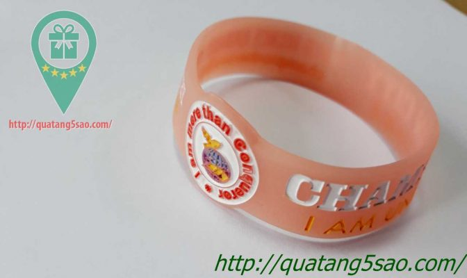 Vong tay cao su gia re 013
