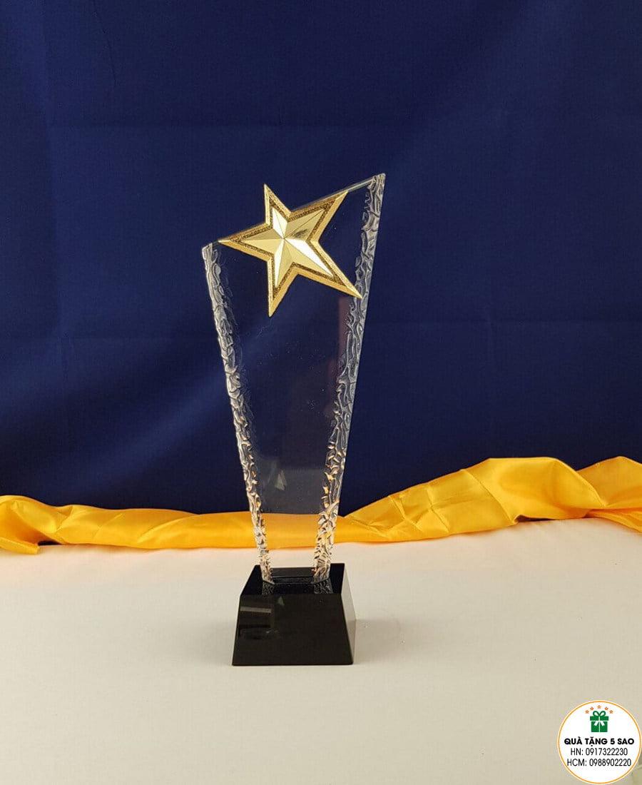 Biểu trưng pha lê có hình ngôi sao, sử dụng làm quà tặng pha lê