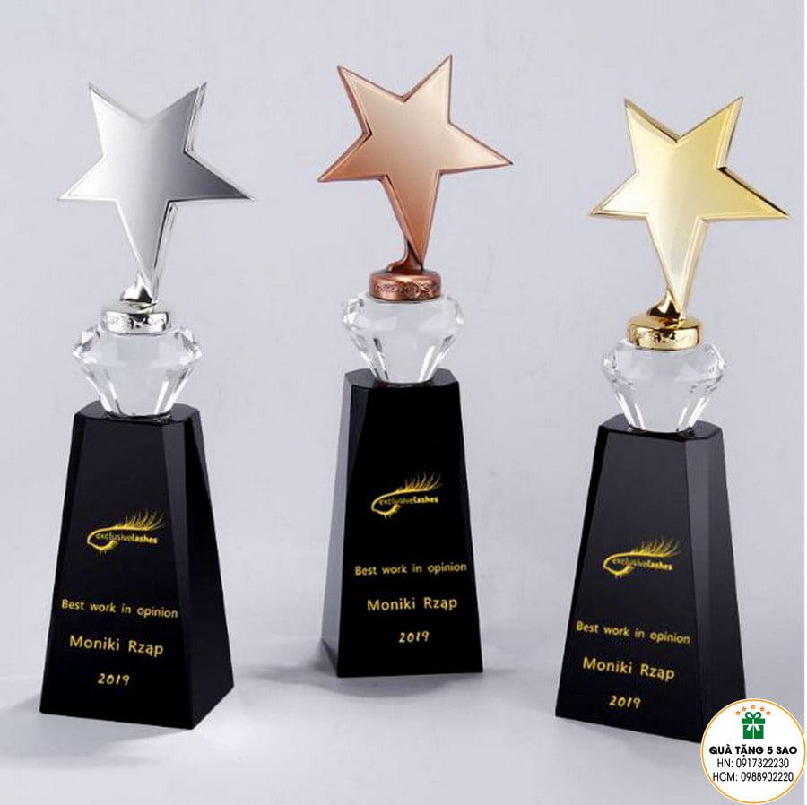 Cúp ngôi sao giá rẻ, in logo theo yêu cầu của khách hàng
