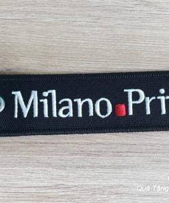 Móc khoá bằng vải, thêu logo theo thiết kế của khách
