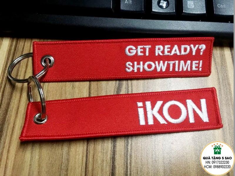 Móc khoá vải thêu logo của iKON, sản phẩm đặt hàng theo yêu cầu
