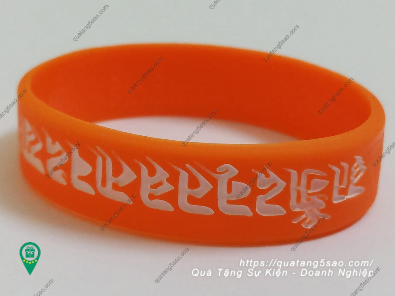 Vòng tay cao su Phật tử in các câu thần chú tiếng Phạn theo yêu cầu